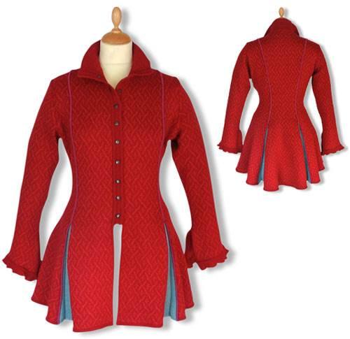 c6cb5dd2 Lang rød jakke med slidser fra 1700-tallet - Strik og silke - Shop ...